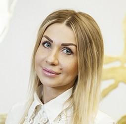 Юлия Захарян